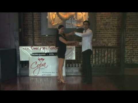 Lecciones Avanzadas de Salsa : Paso Mariposa: Qué Debe Hacer el Hombre