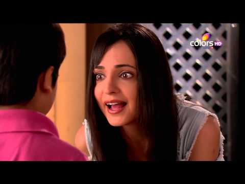 Video Rangrasiya - रंगरसिया - 8th August 2014 - Full Episode(HD) download in MP3, 3GP, MP4, WEBM, AVI, FLV January 2017