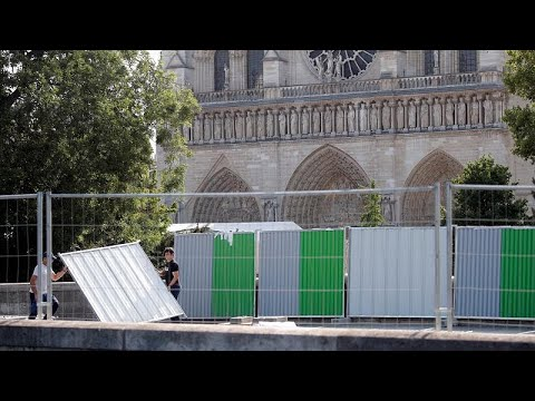 Νοτρ Νταμ: Ξεκίνησαν πάλι τα έργα αποκατάστασης