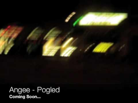 Slika   Angee   Pogled (0)