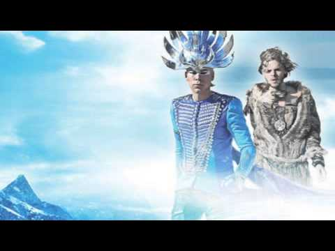 Tekst piosenki Empire of The Sun - Ice On The Dune po polsku