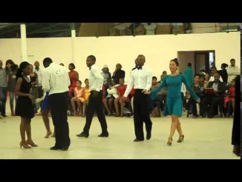 Pedro e Xana suazilandia Latinas. (AADD)