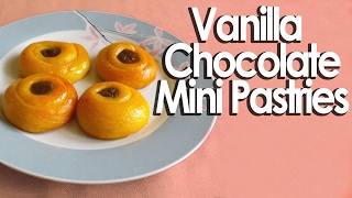 Vanilla chocolate mini pastries