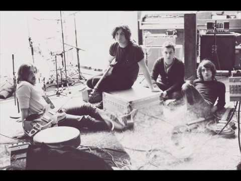 Arctic Monkeys - The Jeweller's Hands lyrics