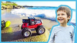 Video Toy Monster Truck Lost at Sea MP3, 3GP, MP4, WEBM, AVI, FLV Oktober 2017