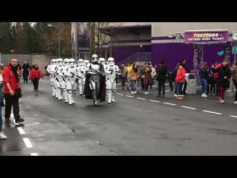 Soft opening « Marche  du Premier Ordre »  conduite par Captain Phasma.