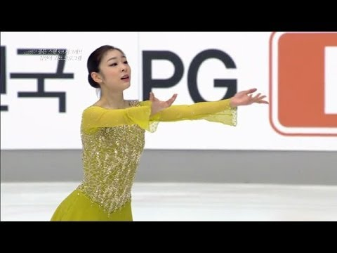Kim - 2013 Gold spin of Zagreb Yuna Kim short program - Send in the Clowns Free skating - 2013.12.07 pm 11:10 (KRT)