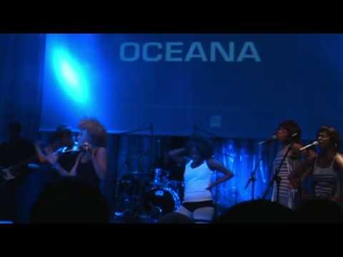 Tekst piosenki Oceana - Upside Down po polsku