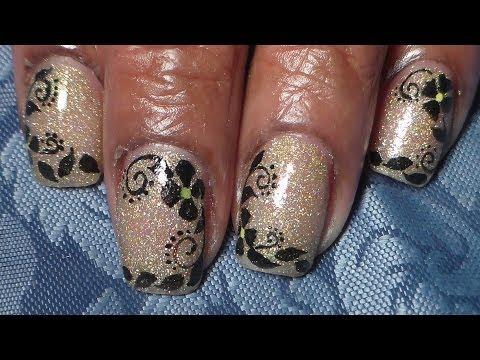 nail art - gold and black