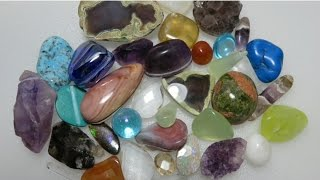 """This is a follow on video for """"How To Cut A Groove On A Stone Without Using A Machine."""" This explains the different shapes and types of gemstones that can be use for grooving.WEBSITE - http://www.lizkreate.com/About this Channel - https://www.youtube.com/watch?v=4XNo9...Jewelry Making Tutorials - http://www.youtube.com/playlist?list=PLKz21al88ViEih85hG7ZiSZIYQmsv6WV0How to Find Gold and Gems - http://www.youtube.com/playlist?list=PLKz21al88ViGnuqq5sYBjuBthfKPhRNGOPEDRO the Budgie - https://www.youtube.com/playlist?list=PLKz21al88ViEmoVtph1ZjkyGfMchZFcgULAPIDARY Gem Cutting  - https://www.youtube.com/playlist?list=PLKz21al88ViFknwDrLvXnyCXL_PaOuagoLiz Kreate Recipe - http://www.youtube.com/playlist?list=PLKz21al88ViFhoAEfZDfOtHqrQqBllUuX"""