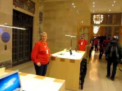 Apple store grand central stat - Shot during the media tour starting at the south end of the east balcony and goring to to the west end of the northeast balcony. Recorded on Wednesday, Dec. ...