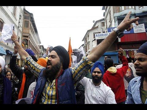 "Sikhs shout ""Kashmir banega Pakistan"