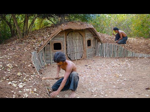 Build House underground Using wood Primitive technology