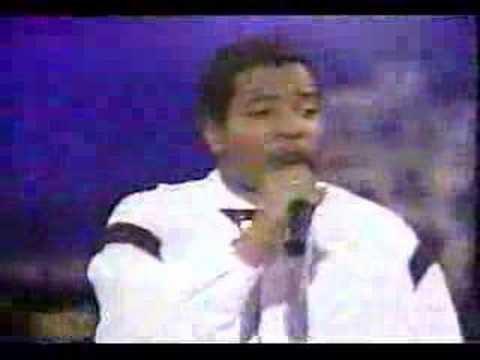 Young MC - Bust A Move Live On Arsenio '89