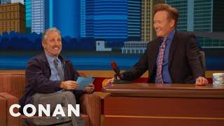Video Jon Stewart Gives Conan The NYC Citizenship Test  - CONAN on TBS MP3, 3GP, MP4, WEBM, AVI, FLV Juli 2018