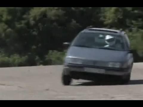 Stirb langsam, VW Passat (1)