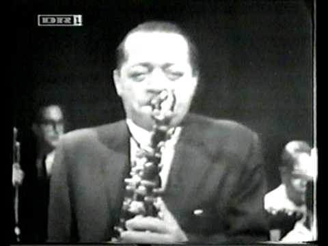 Lester Young – Mean To Me