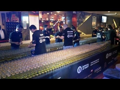 4 578 Drinks Bar Sets Record For Longest Domino Drop