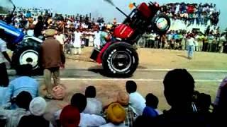 Tractor Tochan kuthala khed mela.mp4