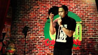 Download Video Pandji Stand Up Comedy Indonesia #1 MP3 3GP MP4