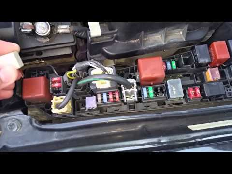 Toyota Corolla 99-03 AC clutch not engaging-AC clutch  relay not working-location