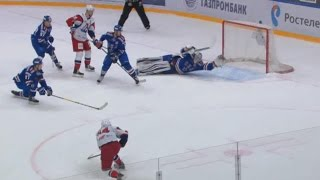 Absolutely incredible stick save by Koskinen