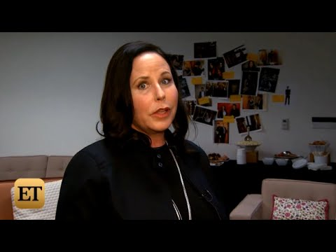 Pretty Little Liars – Marlene King ET Online Interview