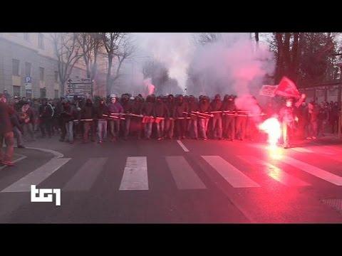 Italie : Violente manifestation d'extrême-gauche à Crémone