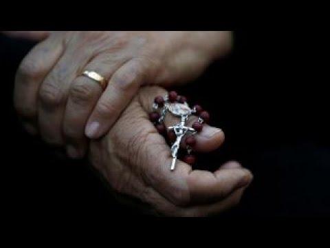 Status engraçados - Legal status of 1,400 Iraqi Christians in limbo
