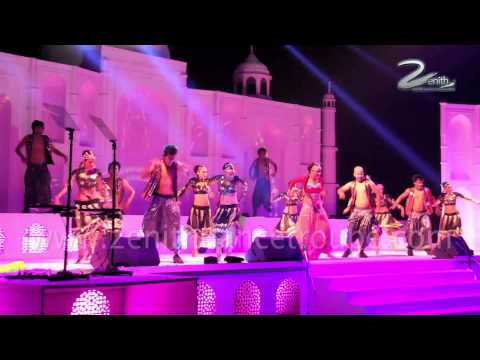 Bollywood Performance,one two three four, senorita zenith dance Troupe,Delhi,India (видео)