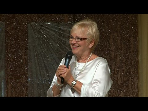 """Predikan Linda Bergling """"Guds kärlek förvandlar dig"""" (församlingen arken)"""