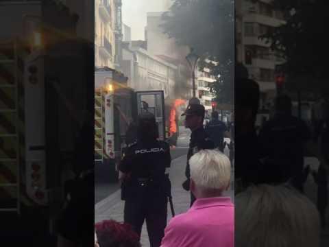 Autobús en llamas en Valladolid