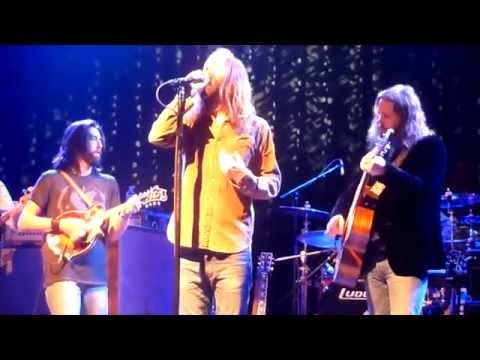 Video Black Crowes - She Talks To Angels - High Quality Live Sound download in MP3, 3GP, MP4, WEBM, AVI, FLV January 2017