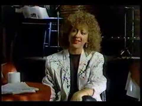 Dry Idea commercial with Elayne Boosler
