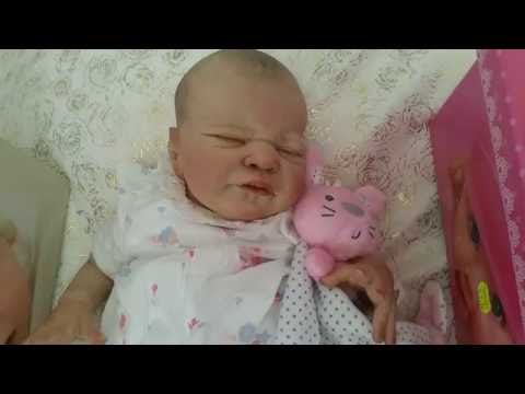 Video Christina'sReborns - Wow! Reborn Miracle and some Gorgeous Baby Boxes! So lovely! download in MP3, 3GP, MP4, WEBM, AVI, FLV January 2017