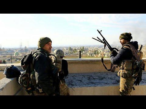 Συνεχίζονται οι σφοδρές μάχες μέσα και γύρω από τη Μοσούλη