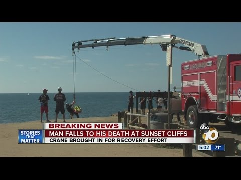 Man falls to his death at Sunset Cliffs
