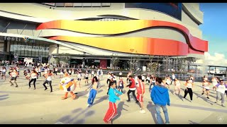 Ice Ice Baby - Flashmob [Sub-Zero IceSkate Grand Opening At Central Festival Chiangmai]