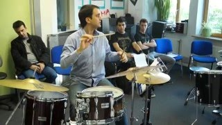 Clinics and workshops for drumset