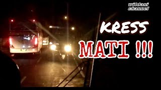 Download Video KRESS MATI !! MEBELAH JALAN Duel SENGIT Duo Bus EKA Vs MILA MP3 3GP MP4