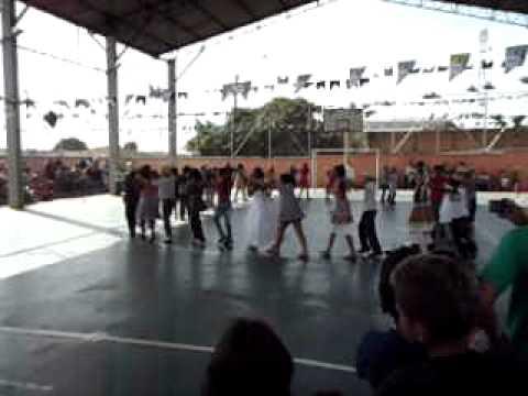 Festa Julina EE Dr. Carlos Chagas 2/07/2011- parte 1