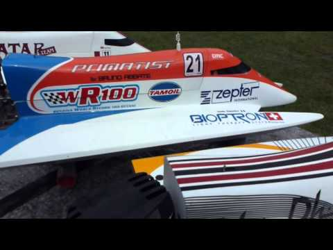 RC 1/4 scale F1 Powerboats at Eersel meeting the Netherlands 2011