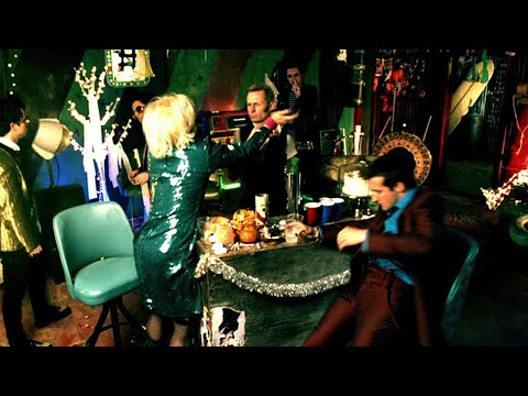 Green Day: 'Holiday' - [Official Video]
