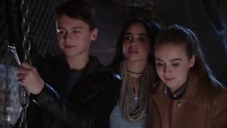 Nonton Trailer  1   Adventures In Babysitting   Disney Channel Film Subtitle Indonesia Streaming Movie Download