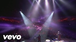 Video Kasabian - Underdog (NYE Re:Wired at The O2) MP3, 3GP, MP4, WEBM, AVI, FLV Oktober 2018