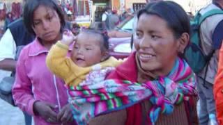 El Condor Pasa : la musique accompagnée d'images du Pérou