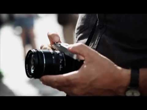 xe1 video of paris 1 51 min the photographer carries the new xe1