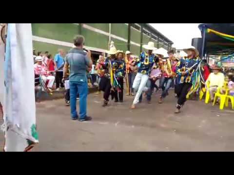 Terno de Moçambique Filhos de São Tomás ... Apresentação em Areado - Mg ( Cantoria )