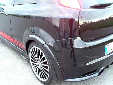 Fiat Grande Punto - Schwarzer Punto mit einem Bodykit im Jet-Style und originalen Abarth Verziehrungen. Der Sound ist auch sehr dunkel und brummig ;) Die...
