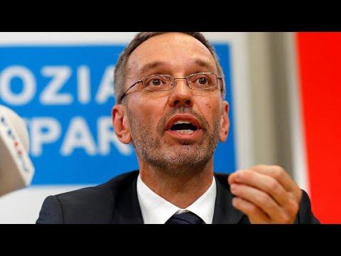 Αυστρία: Παραιτήθηκαν όλοι οι υπουργοί του ακροδεξιού κόμματος…